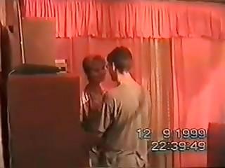Ретро порно, где русские свингеры занимаются сексом на съёмной квартире